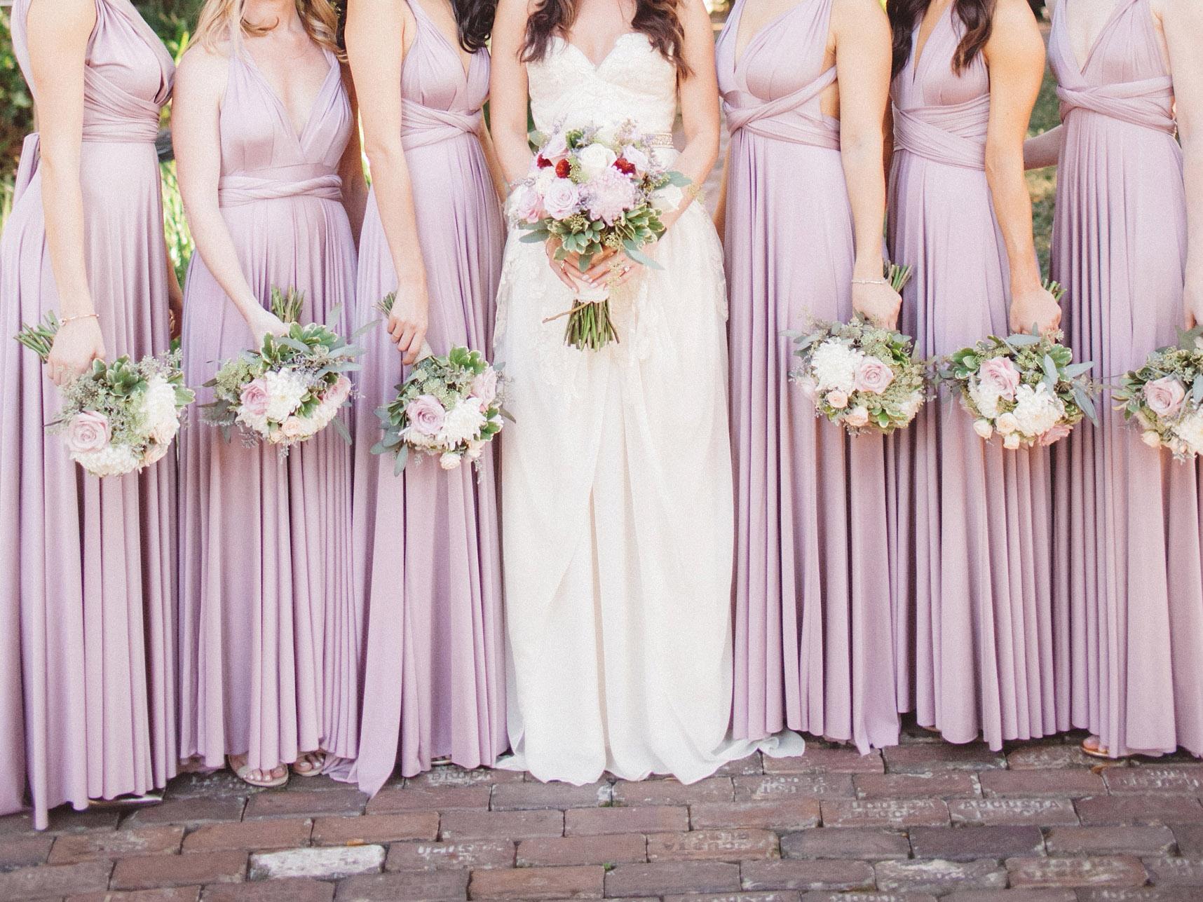 lilac bridesmaid and groom - HD1716×1287